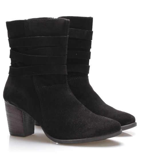 Fekete szarvasbőr zoknis csizma magasabb sarokkal